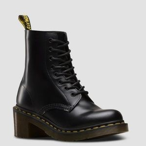 Dr. Martens Clemency Size 6 NEW Never Worn
